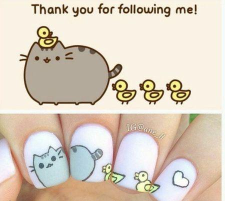 gato de facebook en las uñas