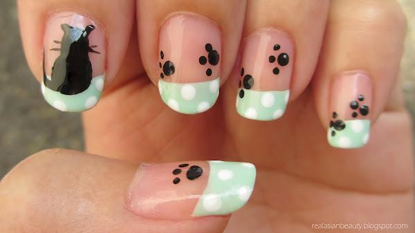 patas de gato decorado en uñas