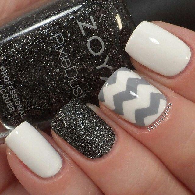 diseños de uñas shimmer