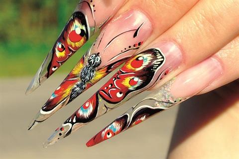 uñas acrilicas de mariposa