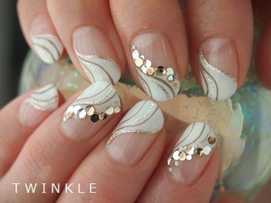 uñas blancas con pepitas para bodas
