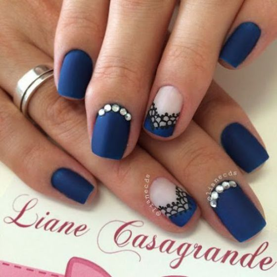 blue nail art short nails