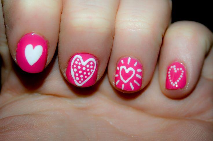 diseño de corazones para uñas de niñas