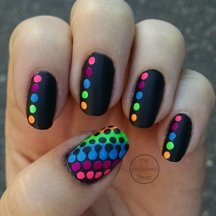 diseño de uñas colores de neon