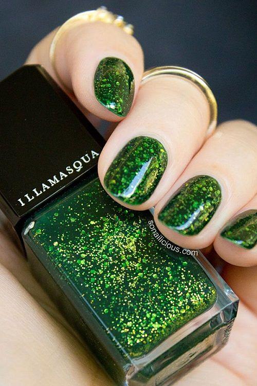 uñas cortas color verde