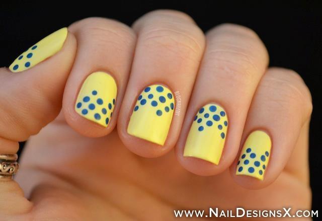 uñas de gel amarillas