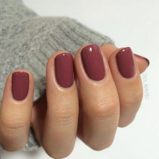 vinotinto nails