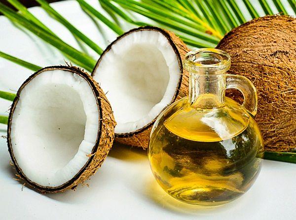 aceite coco uñas