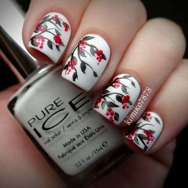 diseño con flores para uñas