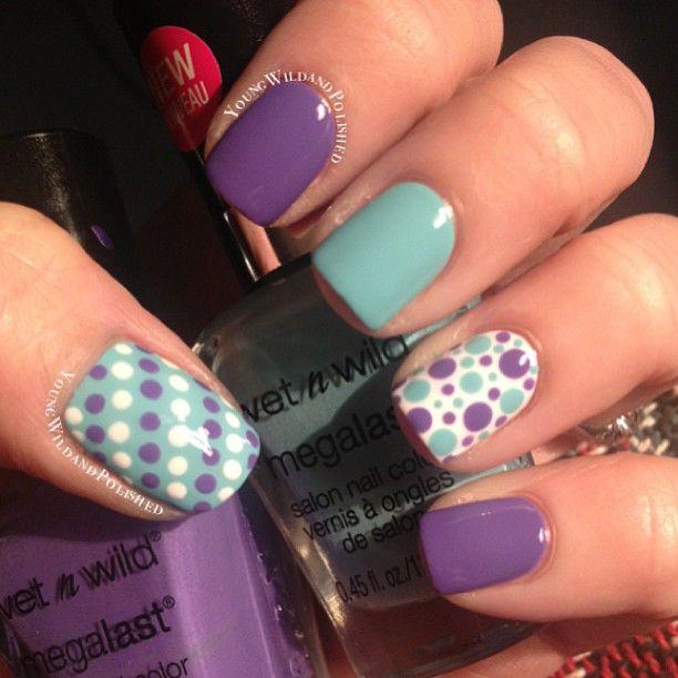 diseño de uñas moradas