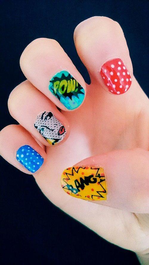 diseños de uñas con stickers