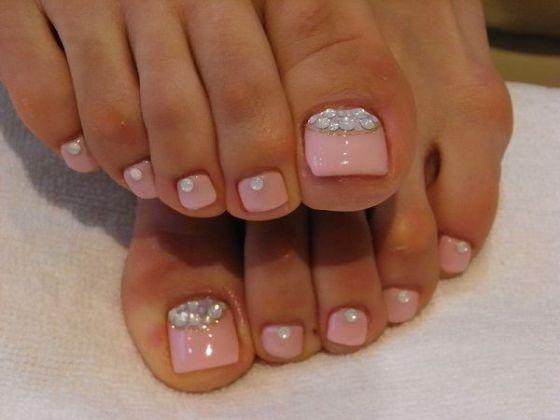 diseños de uñas de pies rosa