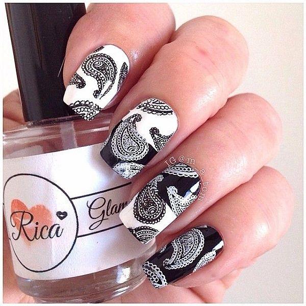 pegatinas en diseño de uñas