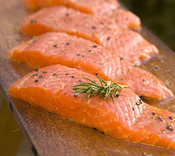 salmon uñas
