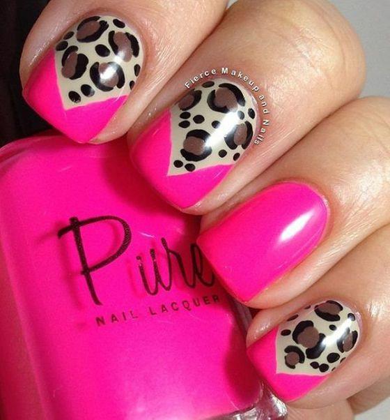 uñas cortas decoradas de rosa