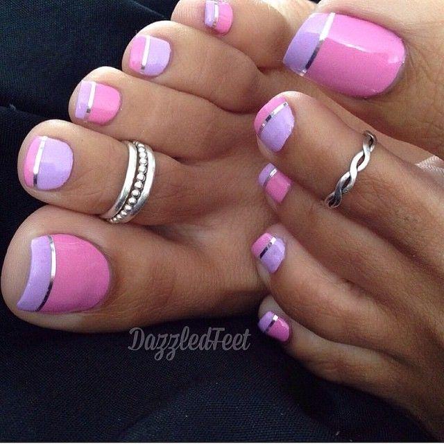 uñas de los pies plateadas