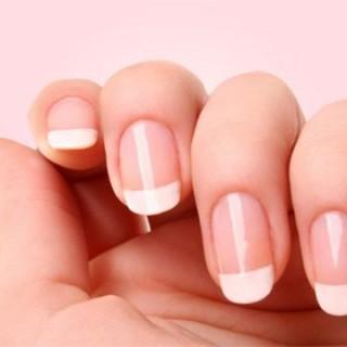 10 alimentos perfectos para hacer crecer tus uñas