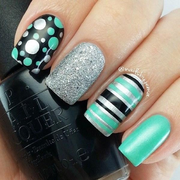 decoracion de uñas a 3 colores