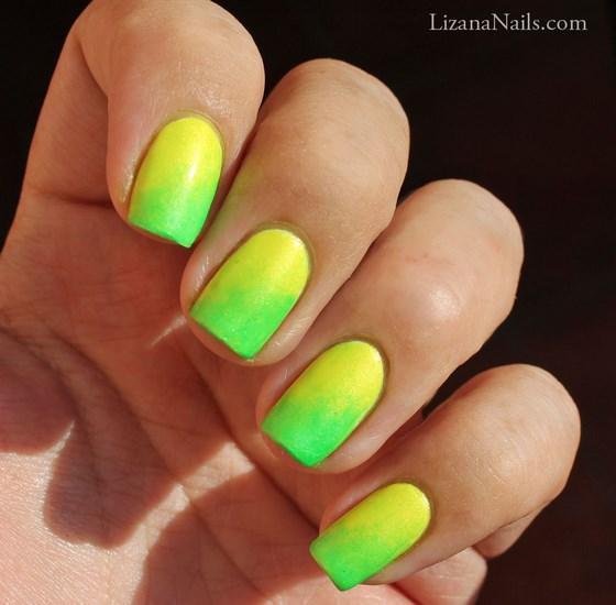 decoracion de uñas amarillas y verdes en degrade