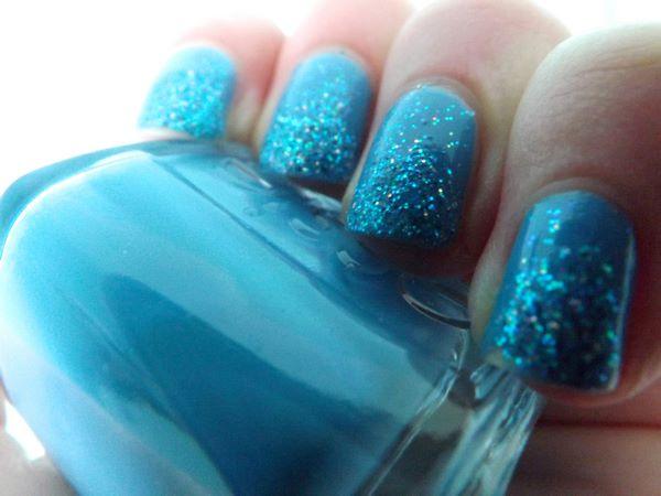 decorando uñas de frozen