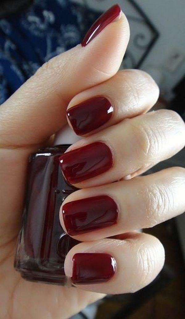 uñas rojas de un solo color