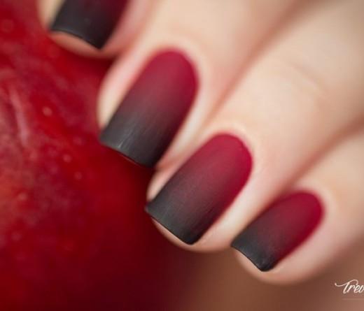 uñas rojas en degrade