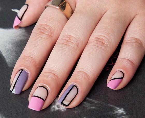 decoracion de uñas en negativo