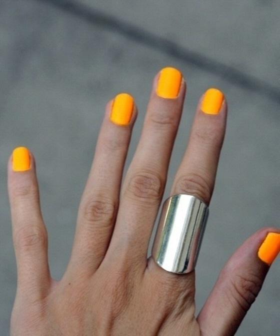 pintar uñas un solo tono