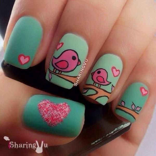 hermosas uñas decoradas a mno muy bien pintadas