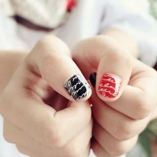 Mira algunos diseños y plantillas para decorar uñas geniales
