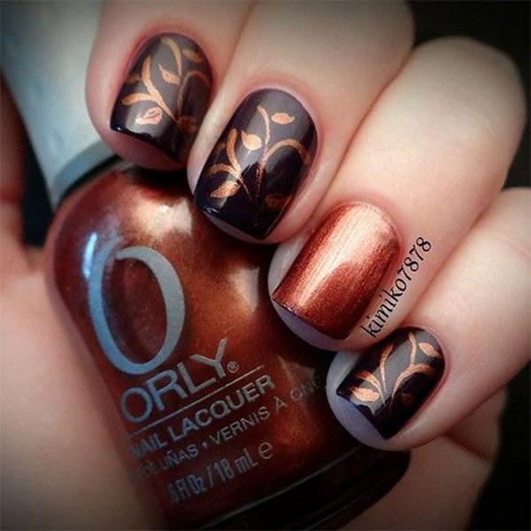 uñas a dos colores marron y negro