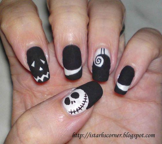 unas-blanco-y-negro-para-halloween