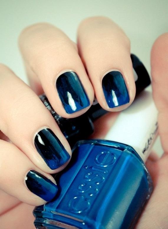 uñas en degrade azules