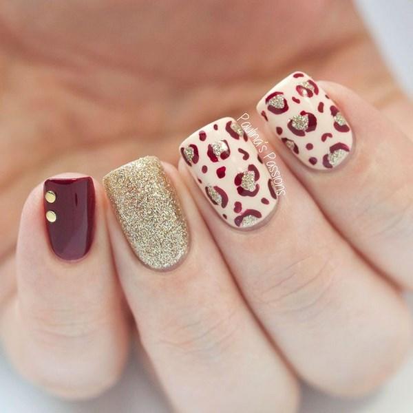 uñas rojas manicura perfecta
