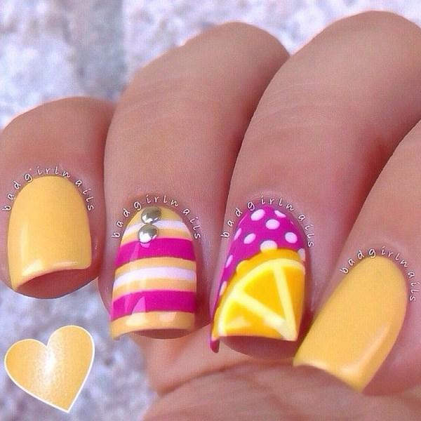 uñas amarillo limon