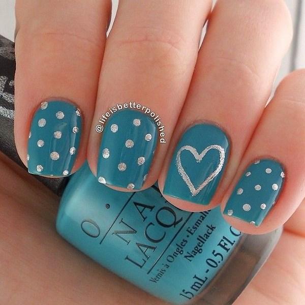 sencillo y hermoso diseño para uñas dibujo de corazon