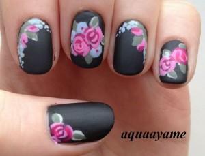 uñas decoradas mate con flores