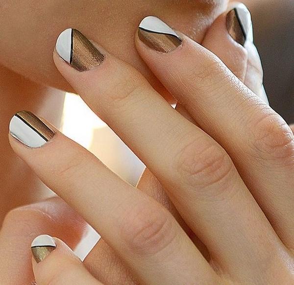 uñas metalizadas con blanco