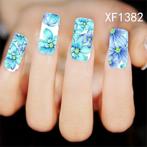 decoracion de uñas largas con pegatinas de flores