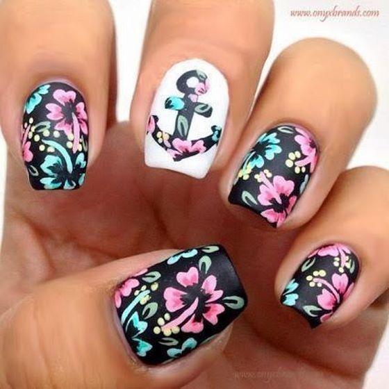 figura en flores para uñas