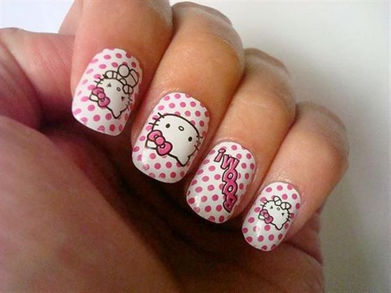 hello kitty uñas