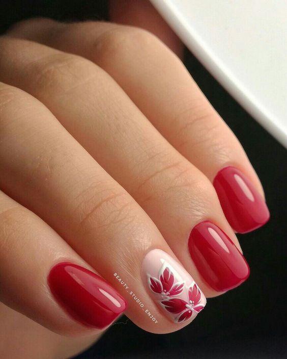 Uñas Con Flores Rojas (2)
