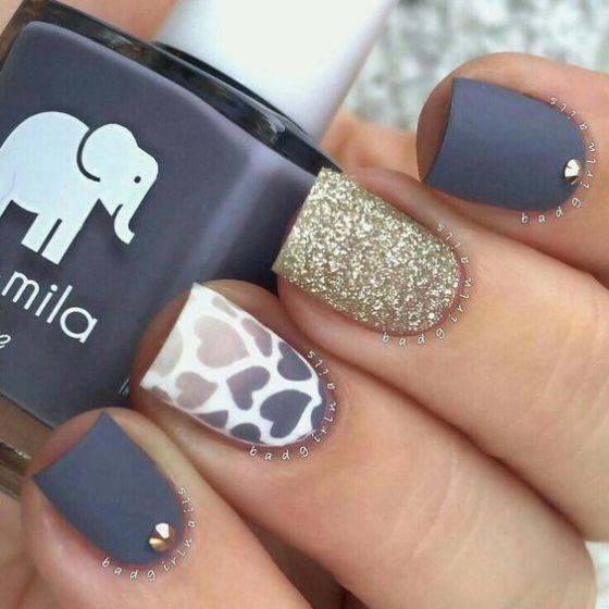 modelo de uñas largas