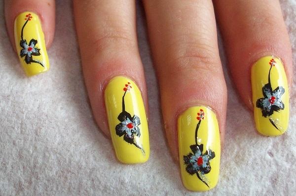 uñas acrilicas amarillas
