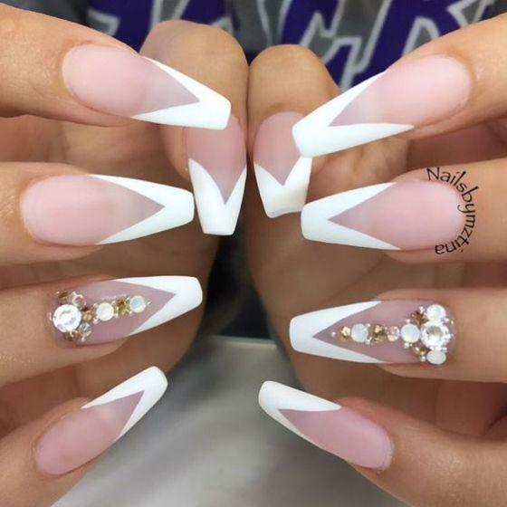 uñas blancas largas