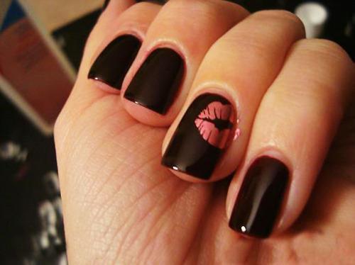 uñas de beso color negras