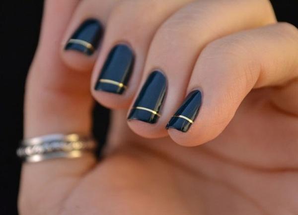 uñas negras sencillas