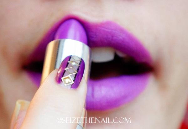 uñas y labios morados