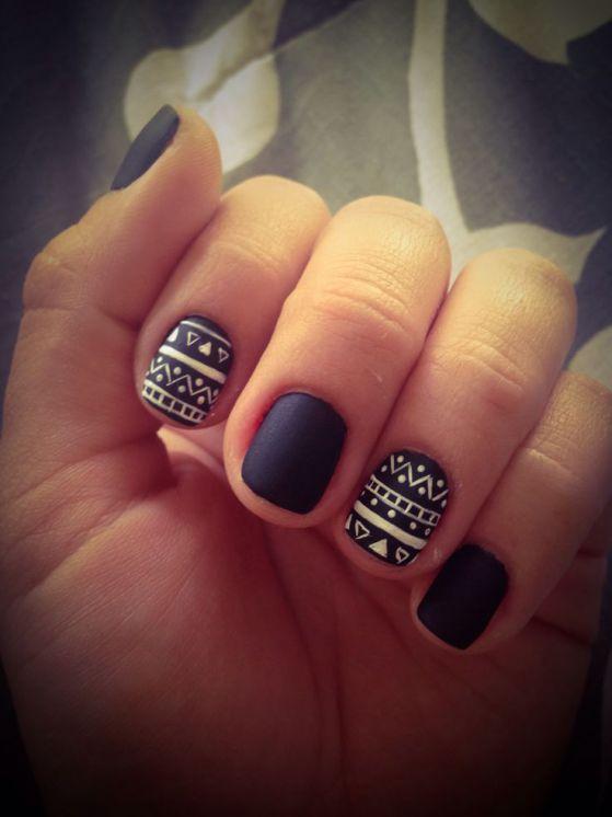 decorando uñas cortas