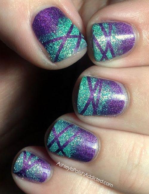 decorando uñas en degrade con cintillas
